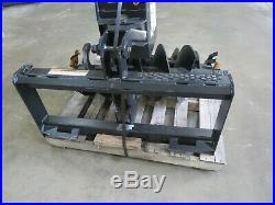 Lowe 1650 Classic skid steer auger comes with 2 bits Cat Case JCB Kubota Gehl NEW