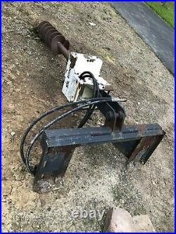 Skid Steer Attachment / Bobcat Auger with 9 Auger Bit